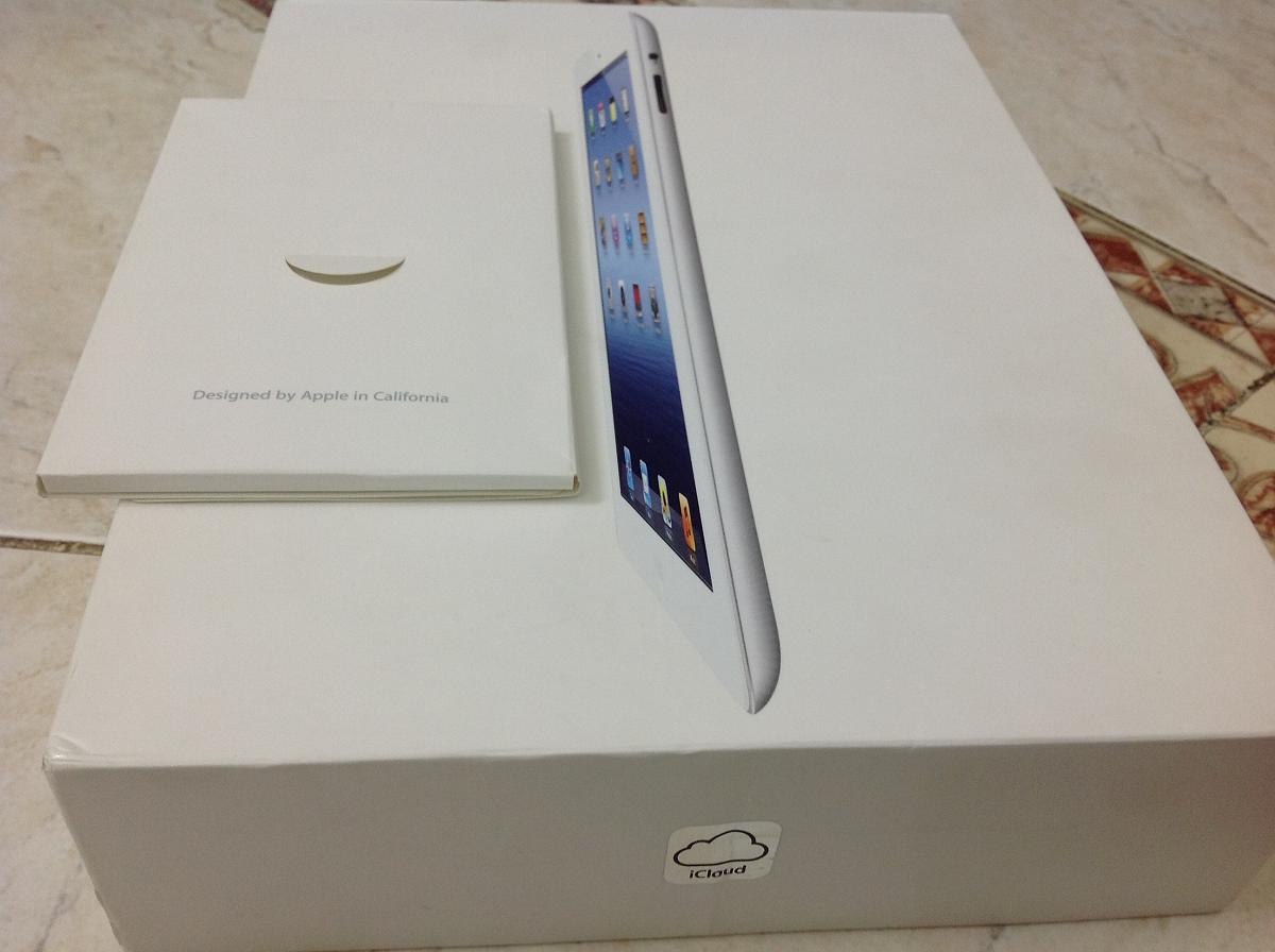Коробка The new iPad