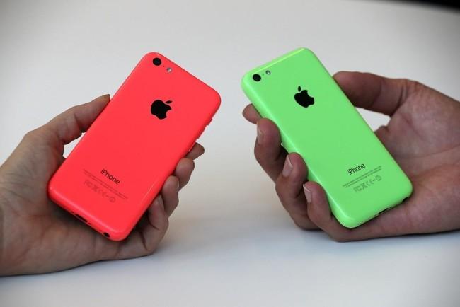 iPhone 5S в разных цветовых вариациях