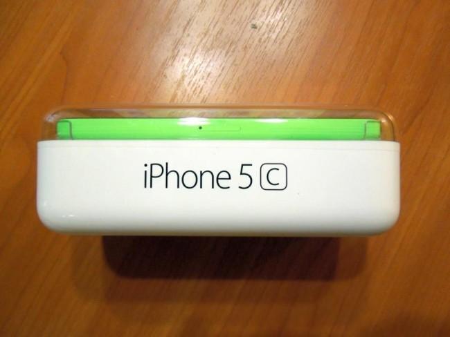 iPhone 5C в упаковке