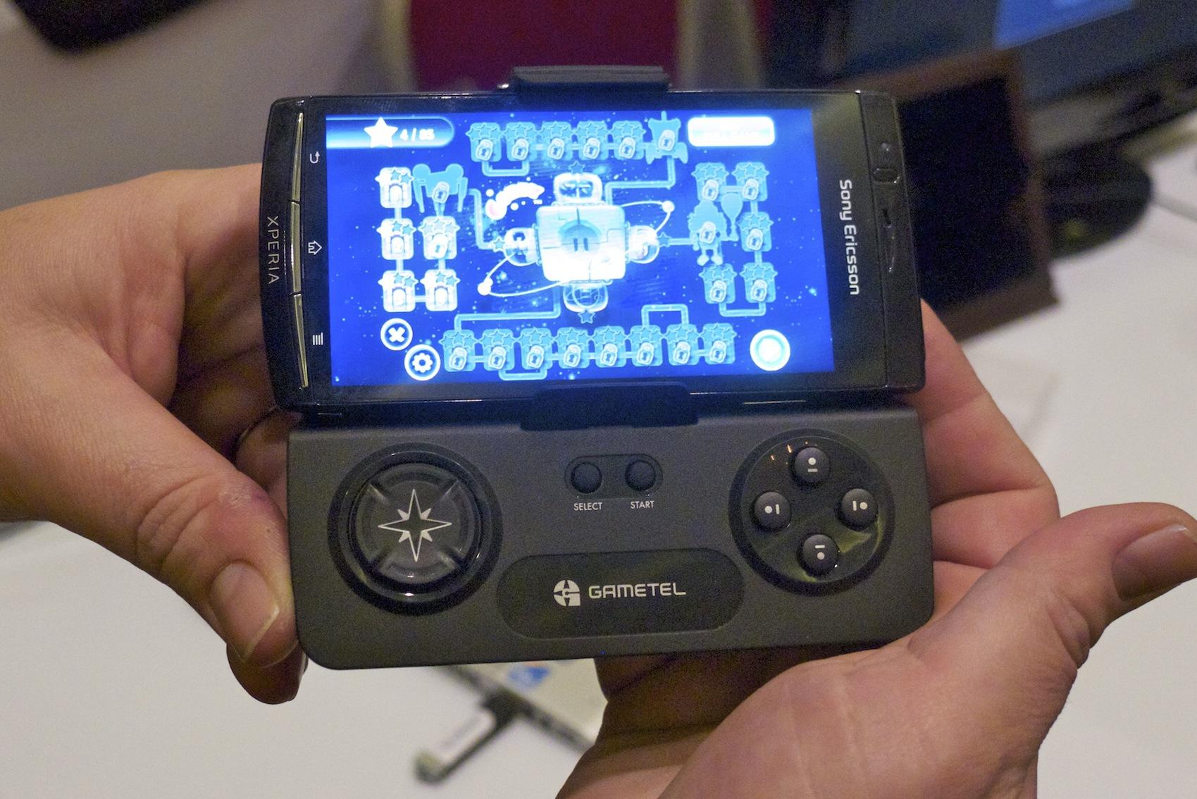 Gametel — новый игровой контроллер для iPhone