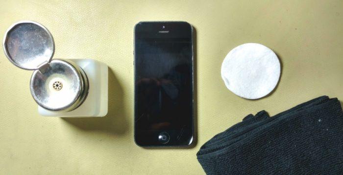 Внешняя очистка iPhone