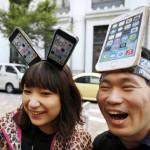 Фото и видео — очереди за iPhone 4S