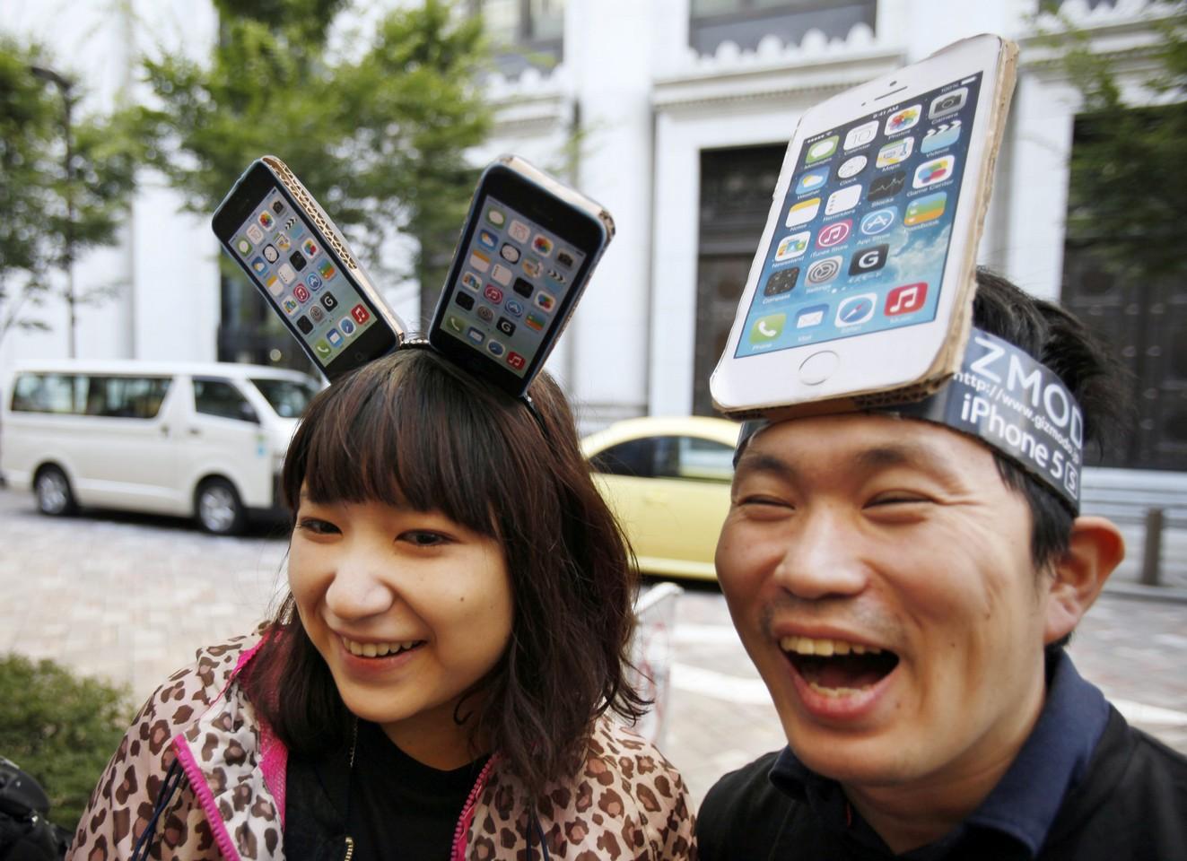 очереди за iPhone 4S