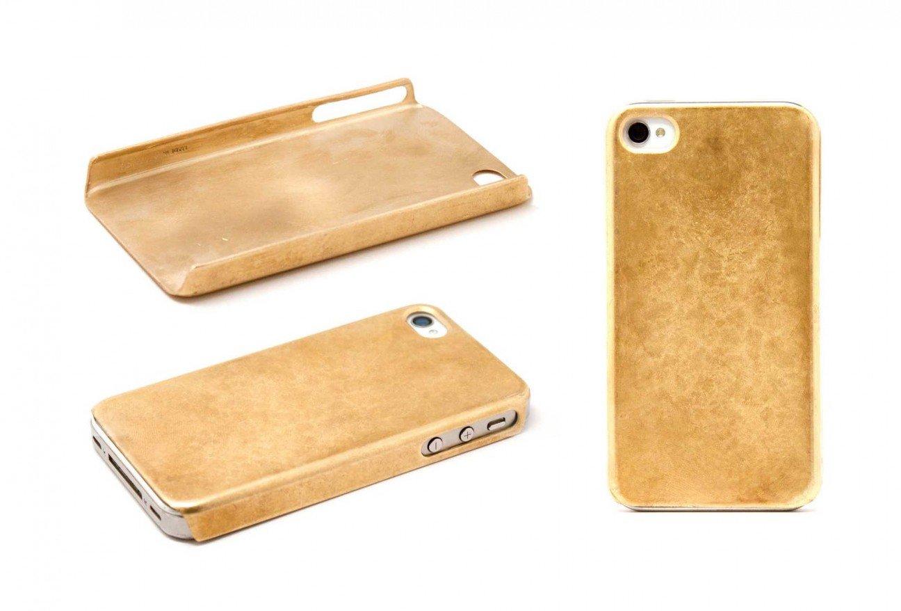 Чехол для iPhone из золота