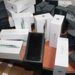 Депутата Гудкова заподозрили в контрабанде iPhone и iPad