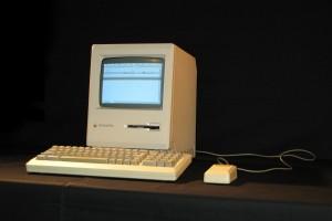 Эмулятор Mac Plus