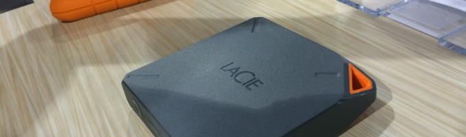 Беспроводной накопитель Fuel для Apple
