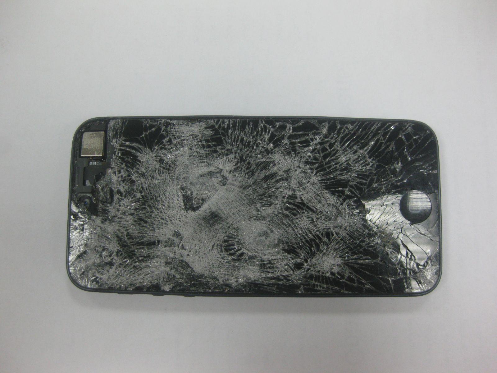 Разбили дисплей iPhone 5c