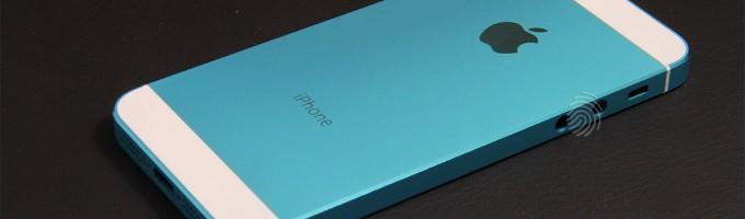 iPhone 5S голубого цвета