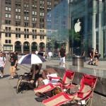 В Нью-Йорке начала выстраиваться очередь на iPhone 6