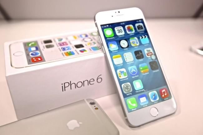 белый iPhone