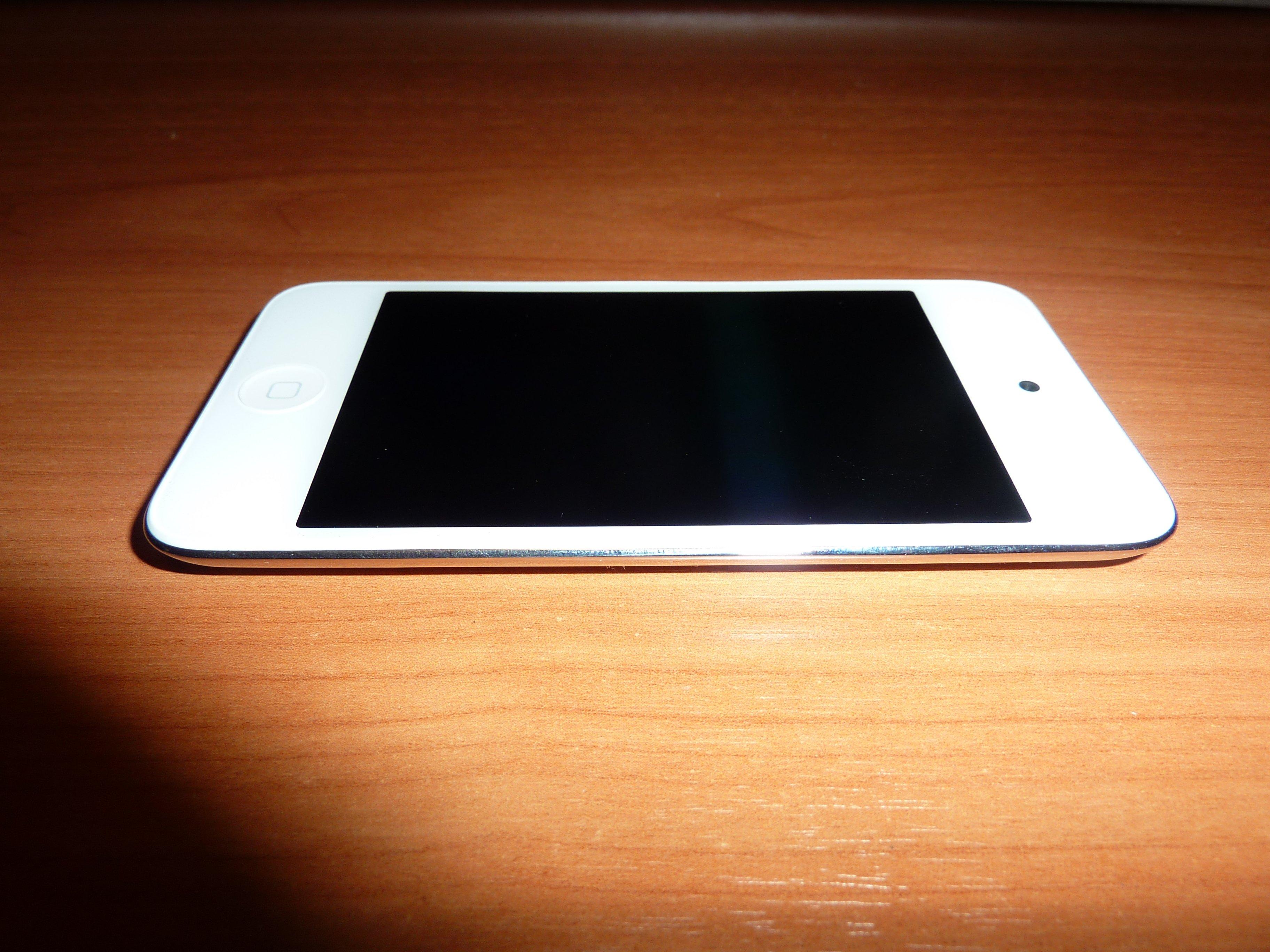А как Вам белый iPod Touch?